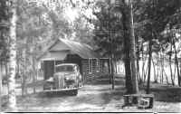 142A-Abes-Cabins-Straight-Lake-Park-Rapids-ca-1936[1].jpg (1311771 bytes)